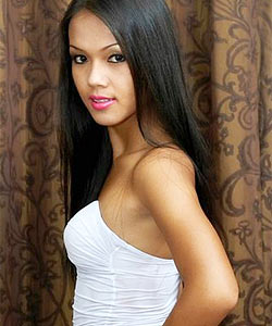 Beautiful Asian ladyboy Amy
