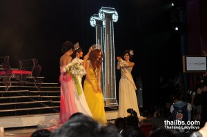 Miss International Queen 2010. Crowning the winner
